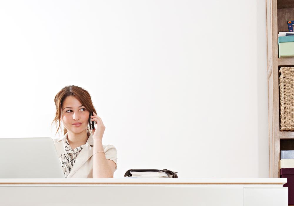 受付とは?仕事内容や働くメリット、気になる平均給与はいくら? | CC PLUS